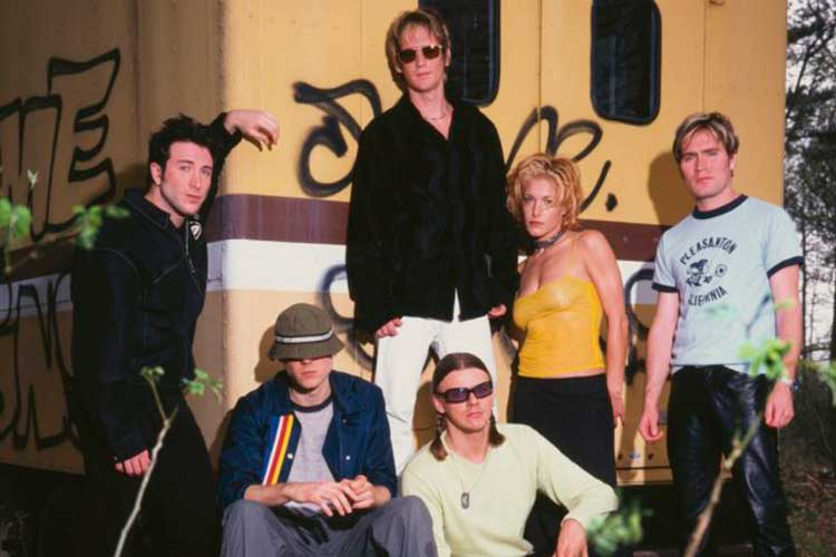 "Los integrantes de la banda de rock alternativo de los 90, ""New Radicals"". Foto de difusión."